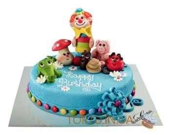 Дитячий торт з казковими героями