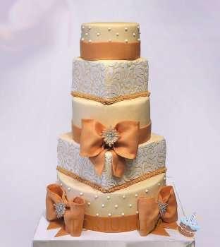 Пятиярусний весільний торт