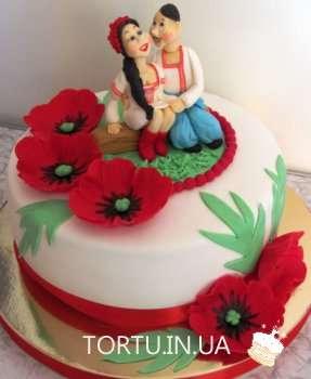 Торт з козаком та дівчиною