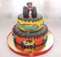 Торт з позашляховиком