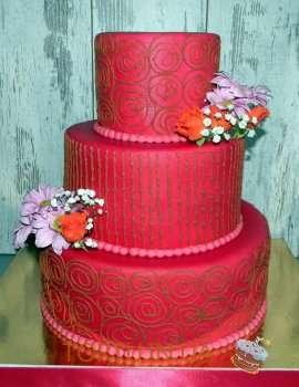 Шикарний червоний торт