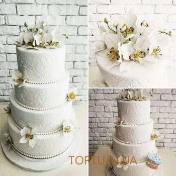 4-ярусний торт на весілля