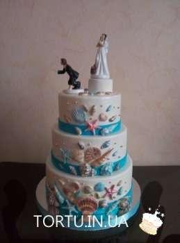 Весільний торт з ракушками
