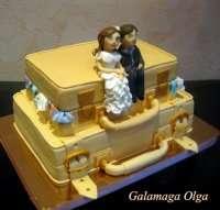 Свадебный торт - на чемодане