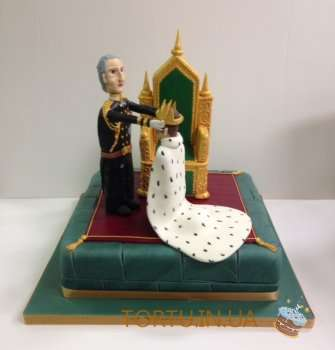 Торт король з мастики